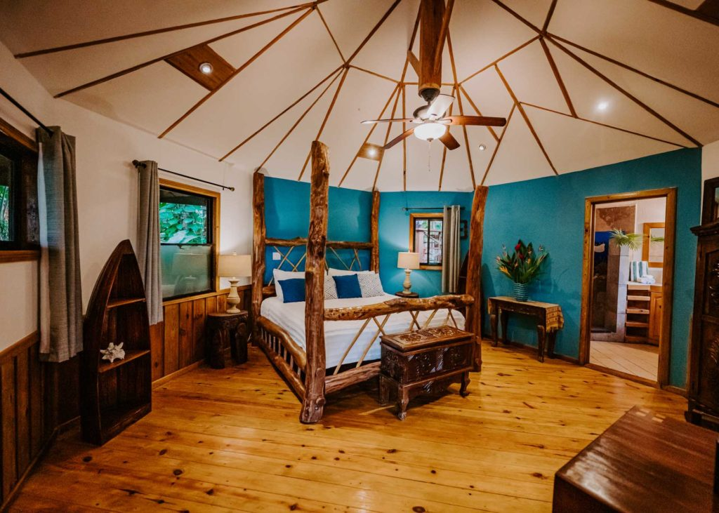 Tranquilseas Roatan bedroom Eagle Ray