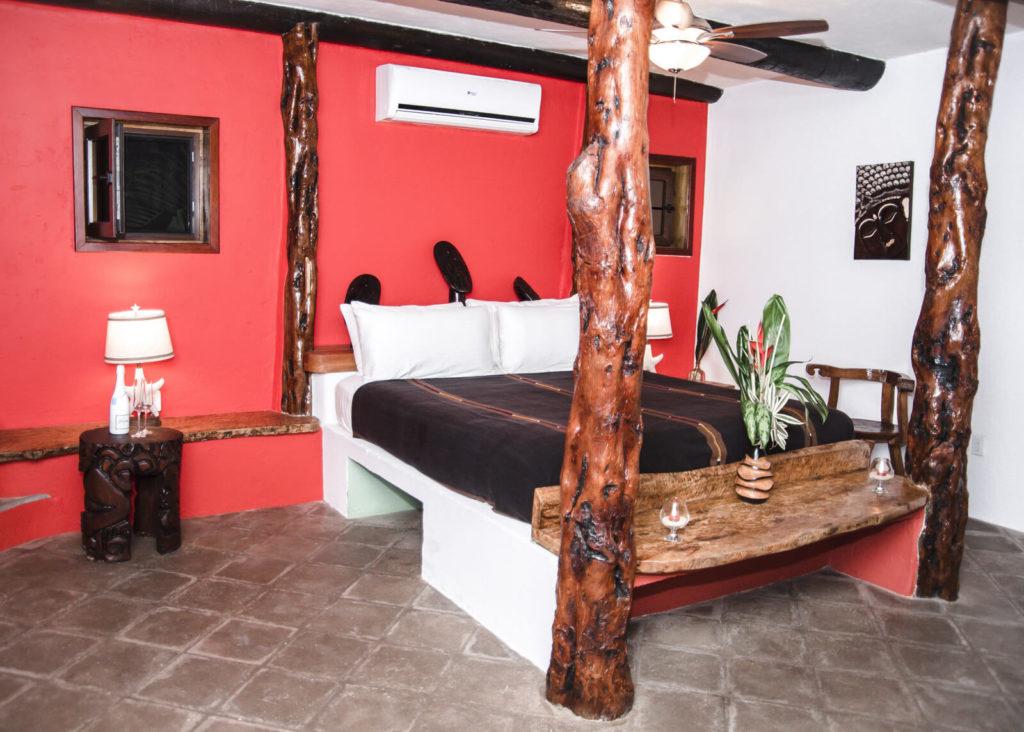 king-crab-bedroom