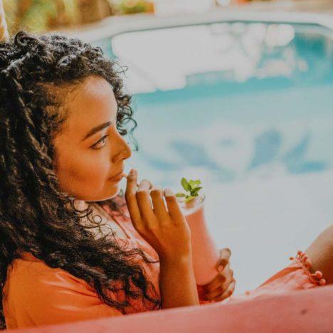 Tranquilseas - popíjení koktejlu